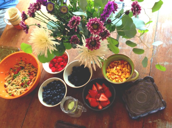 Brunch berries with flowers